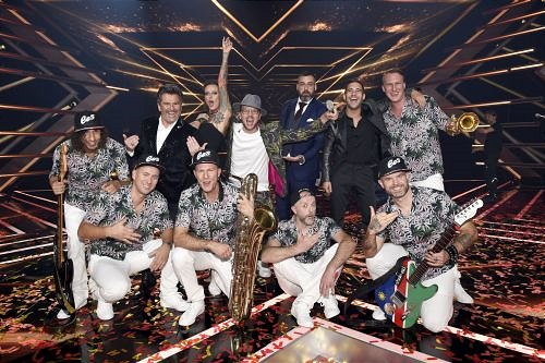 """X Factor"" 2018 Gewinner ""Ees & the Yes-Ja! Band"""